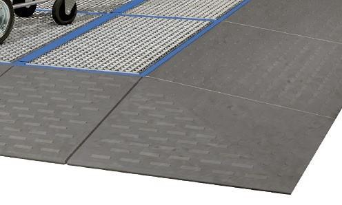 Auffahrecke aus PE, 1000 x 1000 x 150 mm, für PE Bodenelemente