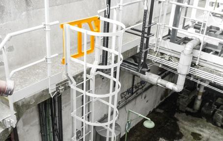boplan-axes-gate-kaefigleitern