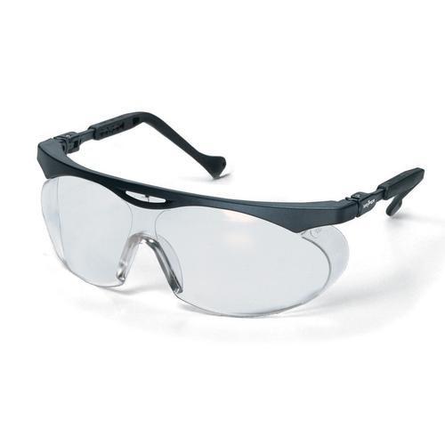 uvex Schutzbrille skyper 9195275, schwarz, PC farblos, kratzfest, beschlagfrei
